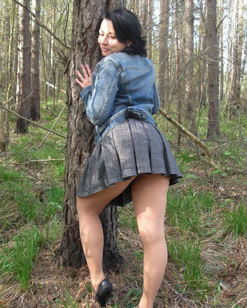 русское фото женщин под юбкой нас