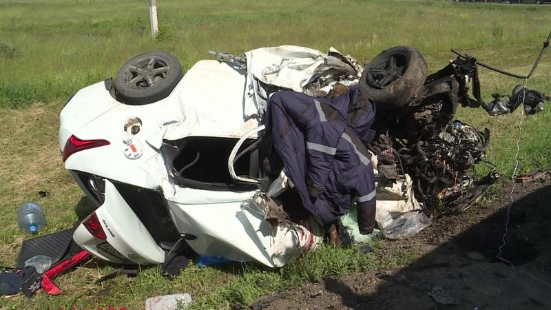 Смертельное ДТП на трассе в РТ: Hyundai лоб в лоб столкнулся с «КамАЗом»
