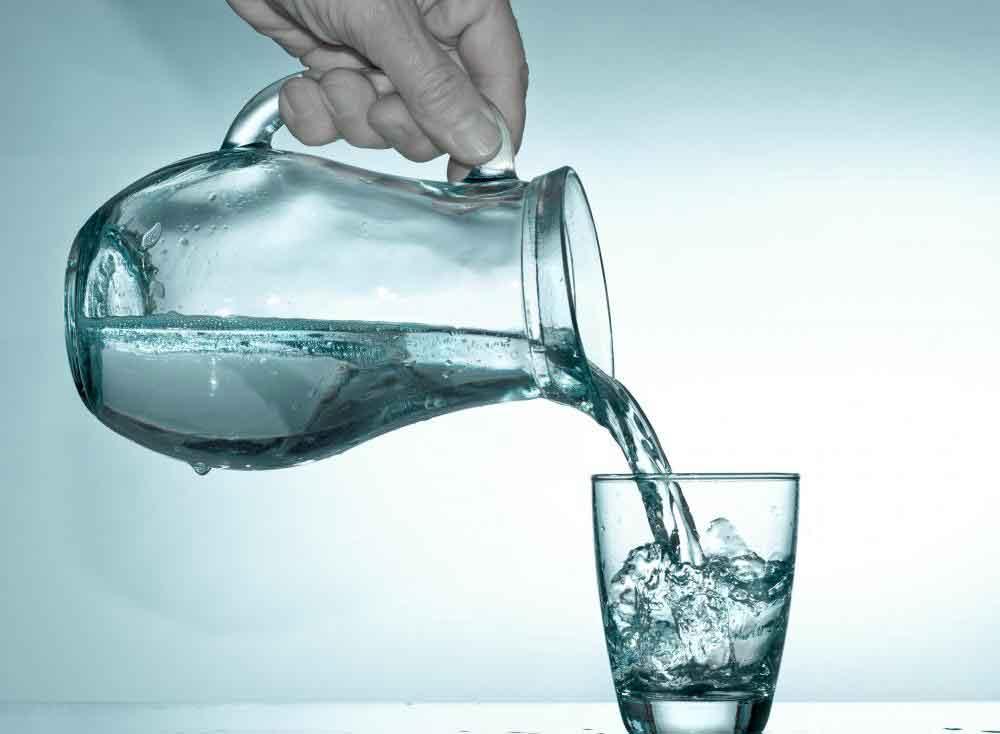 Волокно подорожника обычно смешивают с соком или водой
