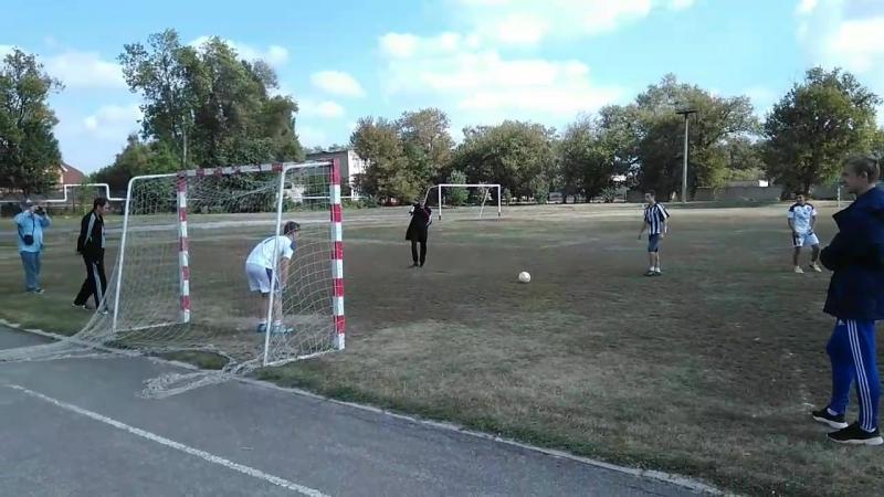 Серия пенальти в финальном матче Первенства сельских школ Ртищевского района 2018