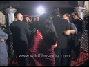 Hrithik Roshan and Amisha Patel welcome guests at 'Kaho Naa Pyaar Hai' premiere