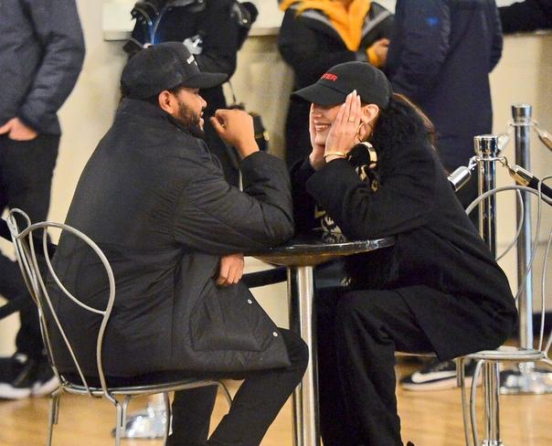 Белла Хадид и Эйбел Тесфайе Мэдисон Бир и Кайя ГерберГаль Гадот с мужемОливия КалпоКендалл Дженнер