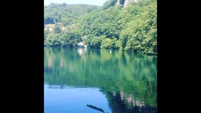 Нижнее Голубое озеро - самое глубокое карстовое озеро в России и 2-е в мире (365м). Черекский р-н. КБР. 21.06.2018