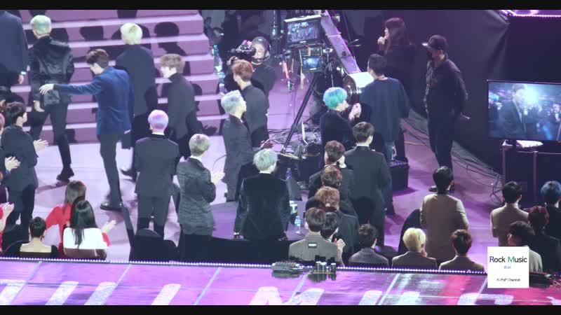 [VK][190115] BTS, TWICE, SEVENTEEN reaction to MONSTA X win Bonsang @ Seoul Music Awards 2019