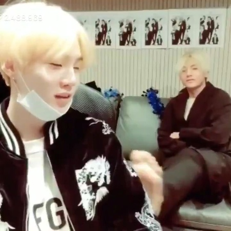 "𝑻𝑨𝑬𝑯𝒀𝑼𝑵𝑮𝑺 𝑺𝑪𝑬𝑵𝑬𝑹𝒀୭̥⋆*。 fanacc on Instagram ""AKSJAKDKSK taehyung came in and pulled yoongi's chair towards himself with his feet and said ""come he..."