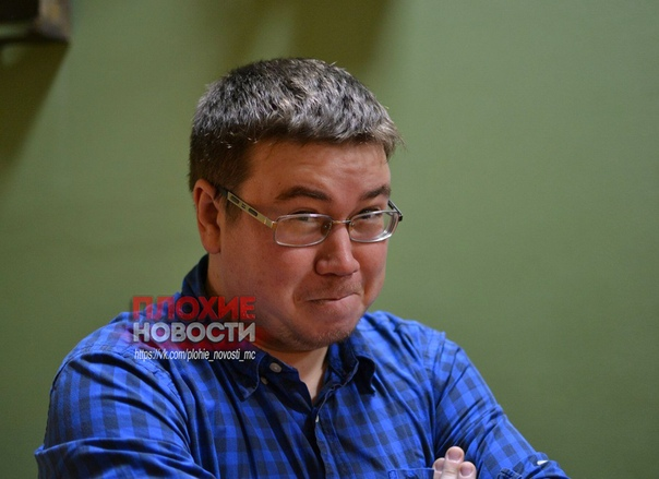 В Казани педагог долгое время спаивал и совращал юных школьниц. Просил сделать ему минет и лез в трусы