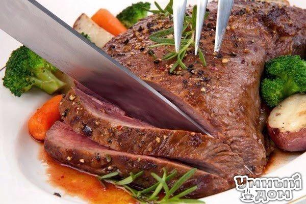 13 СЕКРЕТОВ ПРИГОТОВЛЕНИЯ МЯСА Как смягчить жесткое мясо? В чем лучше мариновать мясо? Как замариновать мясо для шашлыка всего за 30 минут? Когда следует солить мясо? Как хранить мясо без холодильника? и многом другом вы узнаете из этой небольшой статьи. При поддержке каталога товаров Allbiz. 1. Чтобы вареное мясо было сочным, нежным и ароматным, его необходимо варить целым куском. Если хотите, чтобы мясо было мягким и рассыпчатым, то варить его нужно не меньше 1 часа - для свинины, 2 часов -…