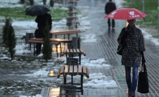 ДПЧС: В Таганроге и Ростове до вечера ожидается дождь, мокрый снег и гололед