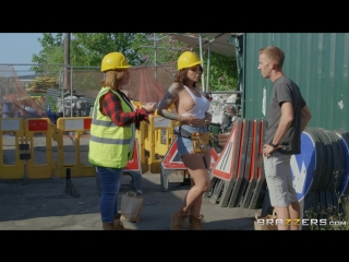 Cock-Calling On The Job Site Ivy Lebelle & Danny D