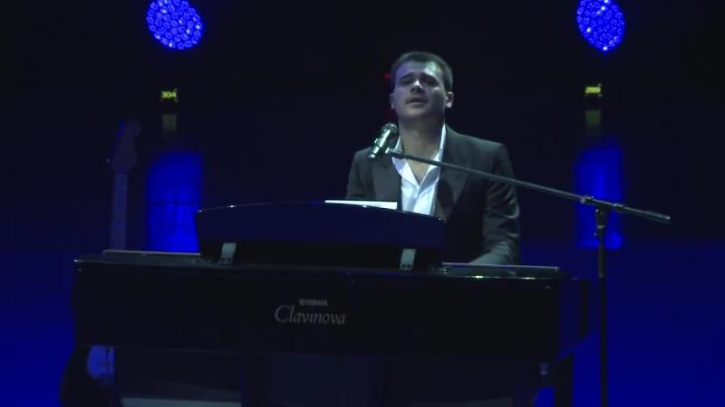 Замечательная песня Магомаева в исполнении Eminа.