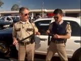 Reno 911 Гарсия проверяет защиту промежности