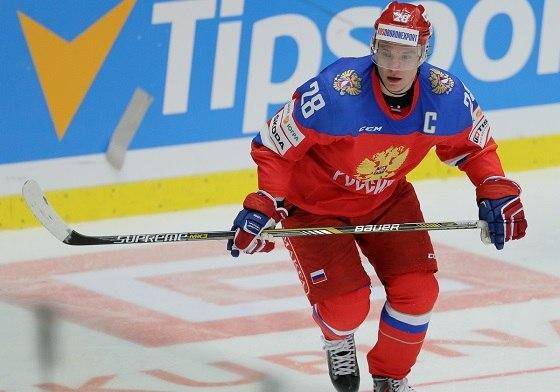 Хоккеист Александр Семин остался без клуба.   https://matchtv.ru/hockey/matchtvnews_NI742676_Metallurg_ne_stal_predlagat_novyje_kontrakty_Seminu_i_Santale
