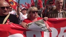 Москва раскололась на два протеста