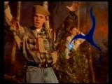 East 17 - Around The World (1994)