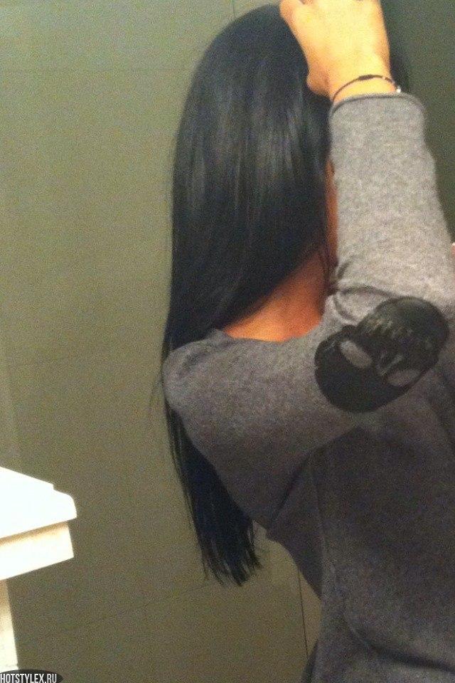 фотографии самых красивых девушек брюнеток со спины