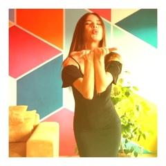Gepur.сom on Instagram: По секрету уже совсем скоро выйдет новая коллекция вечерних платьев. Считаем, что выбор того самого платья нужно начина...