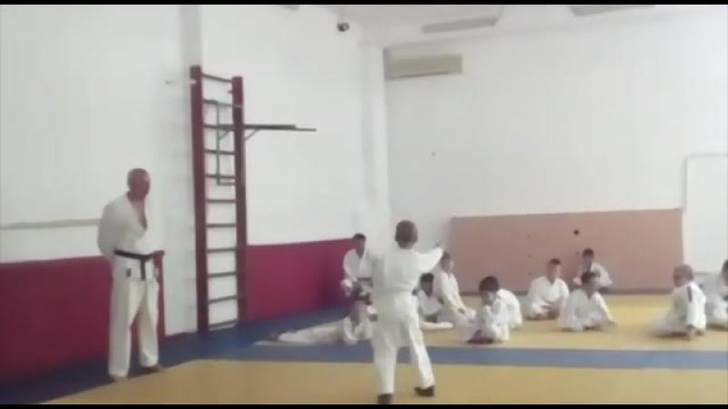 первые шаги в каратэ