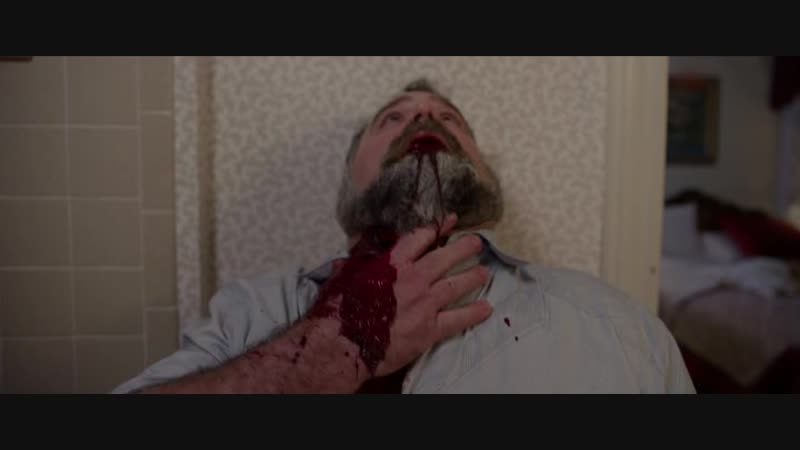 Кровавая сцена из ужастика Puppet master the littlest reich