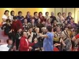 «Қалаулым» алаңын ерекше көңіл-күйге бөлеген Марат Омаров ағамыздан әуезді әннен тарту! Барша ұжым атынан өнеріңіз өрлей берсін
