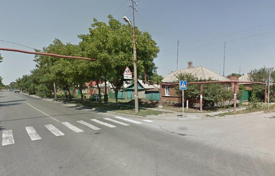 В Таганроге разыскивают водителя, сбившего пешехода на пешеходном переходе
