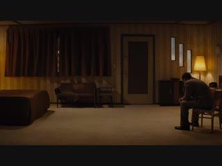 Ничего хорошего в отеле «Эль рояль» | Bad Times at the El Royale (00:02:15 - 00:04:15)