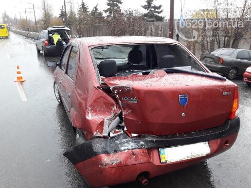 В Мариуполе из-за аварии затор, есть пострадавшие, столкнулось сразу пять автомобилей (фото)