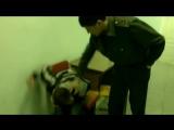 Пьяный малолетка в отделении полиции посылает всех (1)
