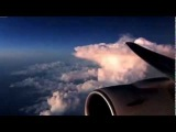 Красивое видео. Как выглядит небо и облака из салона самолета.