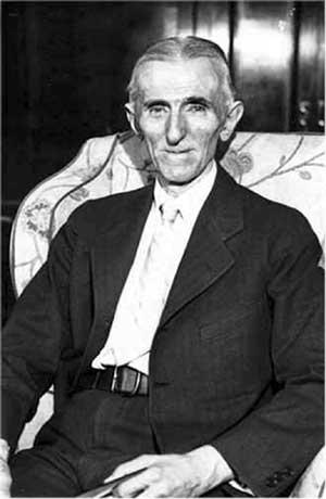 Последняя известная фотография Никола Тесла