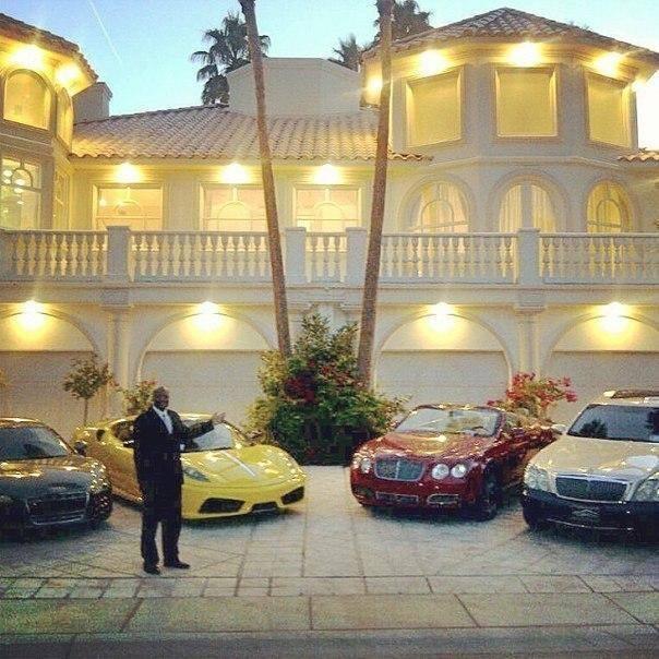 Богатые все время учатся. Бедные и так все знают.