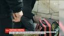У Києві студент-медик намагався врятувати чоловіка, в якого раптово зупинилось серце