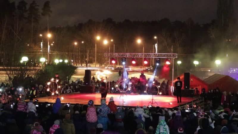 Фаер шоу в Перми на фестивале Сочельник