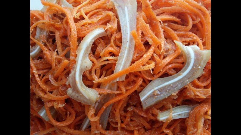 Кулинарный блог ПРОСТАЯ ЕДА: Морковь по корейски со свиными ушами