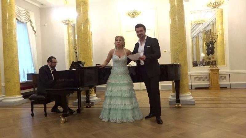 Бесаме Мучо Петр Захаров, Елена Попель