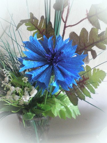 Полевые цветы из бумаги гофрированной своими руками 83