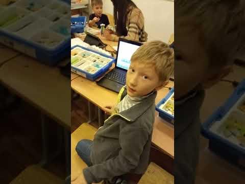 Детский центр робототехники Умник - метаморфозы лягушки