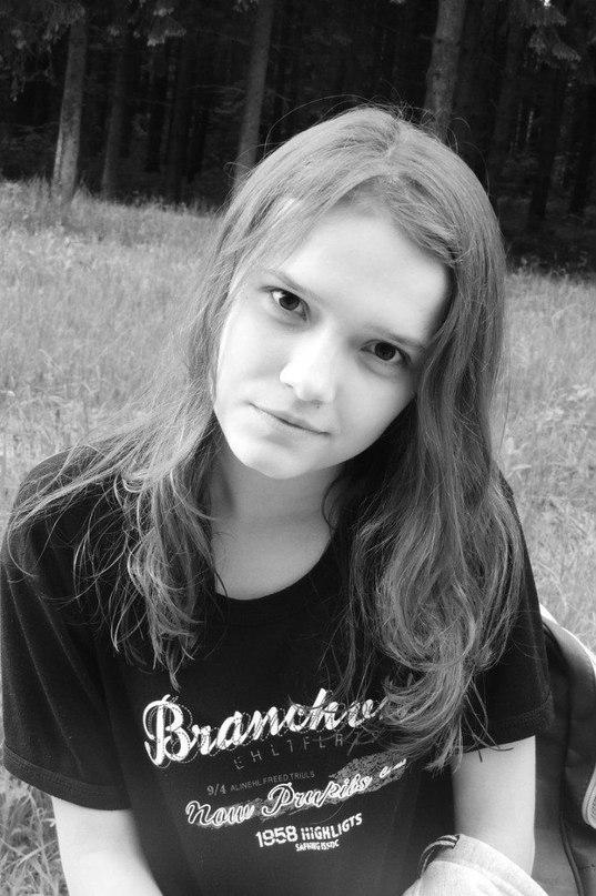 Ангелина Маноли |
