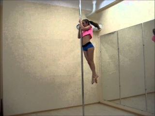 Pole dance уроки: связка: боковой подъем-поперечный шпагат-мартинка-вылет