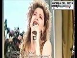 Andrea Del Boca canta