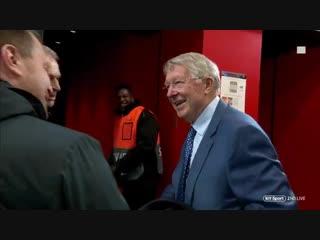 Sir Alex Ferguson arrives at Old Trafford. Looking well boss [BT]