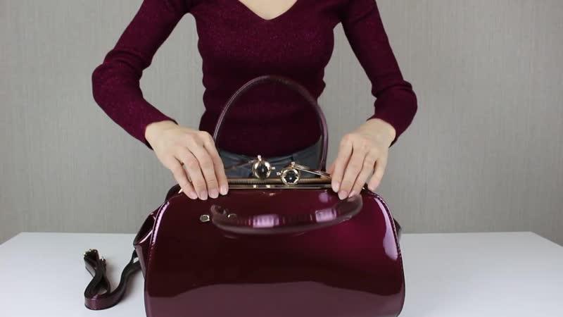 Обзор классической лакированной сумки