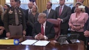 Трамп заявил, что имеет исключительное право на введение чрезвычайного положения