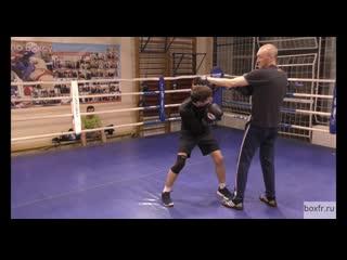 Школа бокса Алексея Фролова: левый под руку и удар-гребок