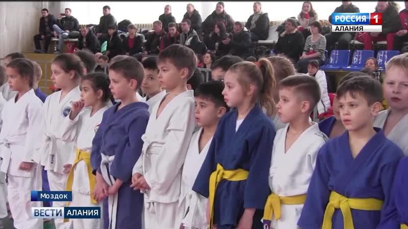 В Моздоке прошел турнир по дзюдо памяти погибших сотрудников правоохранительных органов