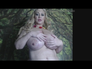 Саманта разговаривает и танцует стриптиз, Samantha 38g bbw fat big ass tit solo strip milk hot (Инцест со зрелыми мамочками 18+)