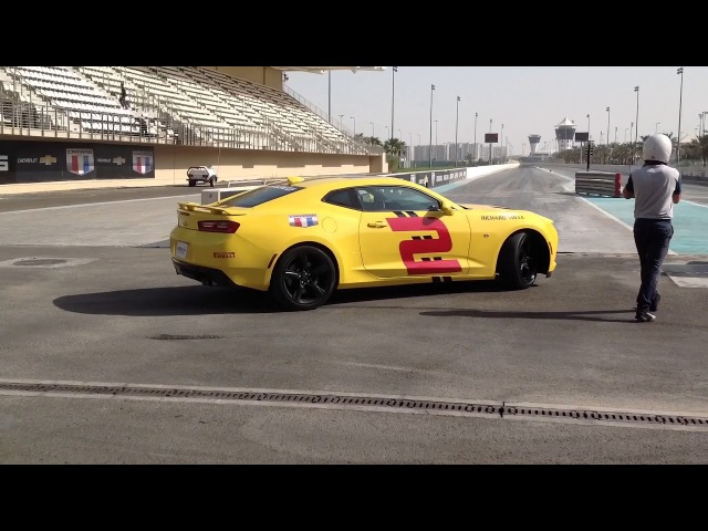 Camaro SS YAS Marina Circuit - Drag