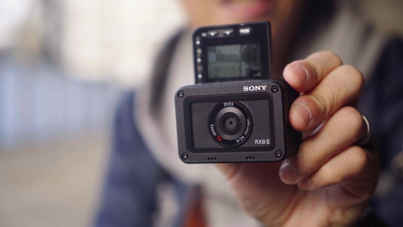 Sony RX0 II Hands-on - What The Flip!