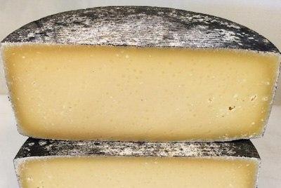 Британский сыр был назван