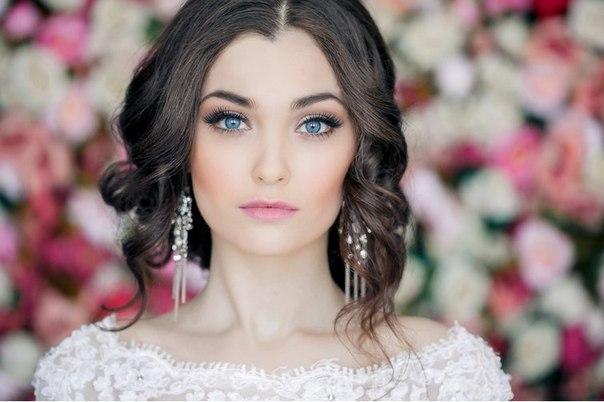 Свадебные прически и макияж на 122
