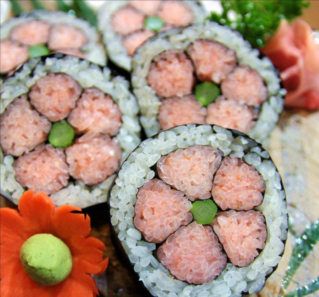 Як приготувати кадзарі-суші «Квітка»